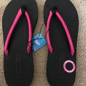 NEW with Box, women's Speedo Flip Flops, size 9